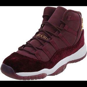 Best 25+ Deals for Jordan 11 Velvet